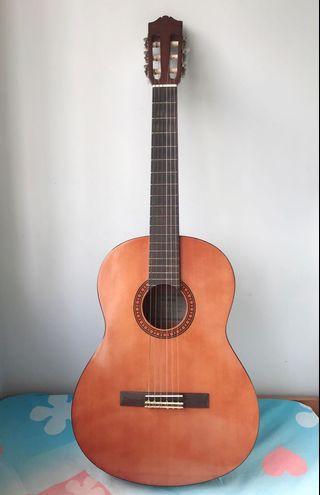 Yamaha CS40 3/4 Classic Acoustic Guitar