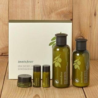 🚚 Innisfree Olive Real Special Care Set