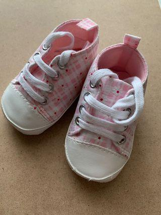 Prewalker Baby Shoes / Sepatu Bayi Pink Daisy Sneaker