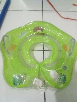 Balon leher untuk berenang