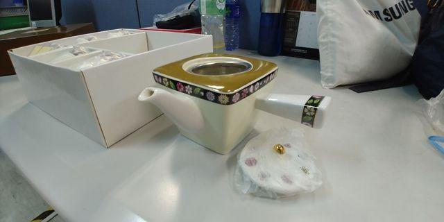 特色四方茶壺連杯