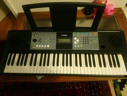Yamaha 電子琴 electronic piano