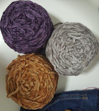 Velvety Yarn (Mole yarn)