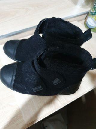black增高靴