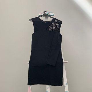 Zara Trafaluc: Cut-out Half Sleeved Black Dress