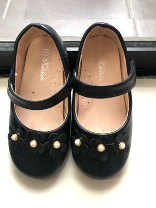 girl shoe