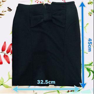黑色包臀蝴蝶結西裝裙