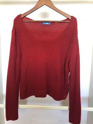 Red knit oversized jumper