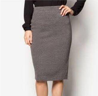 Zalora Textured Stretch Pencil Skirt