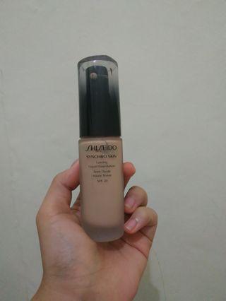 Shiseido Lasting Liquid Foundation shade Neutral 3