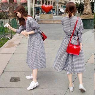 🚚 早春美背排扣小格紋洋裝