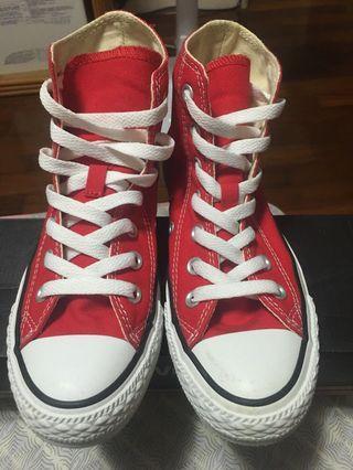 Converse紅色半高筒帆布鞋