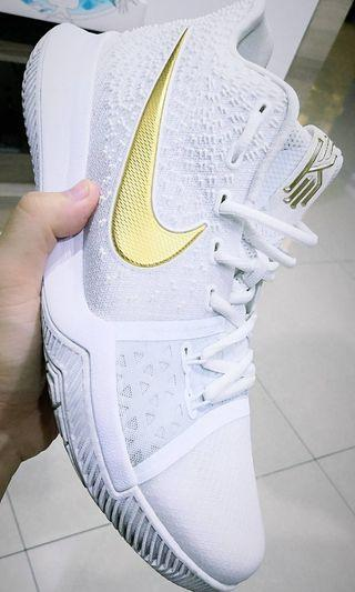 Kylie Irving Nike Air Zoom Basketball Shoe