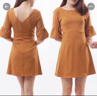 BROWN RUFFLE SLEEVE DRESS