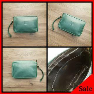 90%New GIVENCHY Vintage Clutch Bag in Green 手包