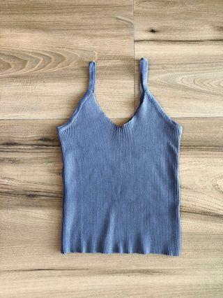🚚 藍色細肩帶針織背心