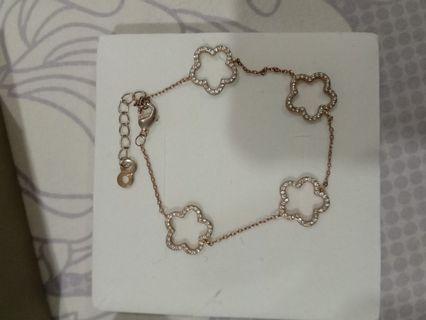 Bracelet #OYOHOTEL