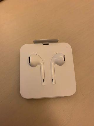 Apple EarPods with Lightning Connector 耳機