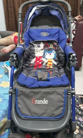 Dijual masih bagus Baby Stroller Pliko Grande