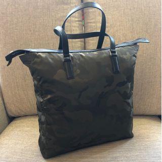 Michael Kors MK 迷彩包 男包 女包 提包 旅行包 托特包