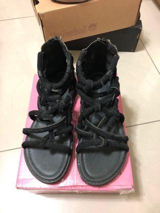🚚 黑色羅馬涼鞋