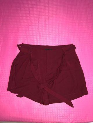 TEMT Maroon paper bag shorts