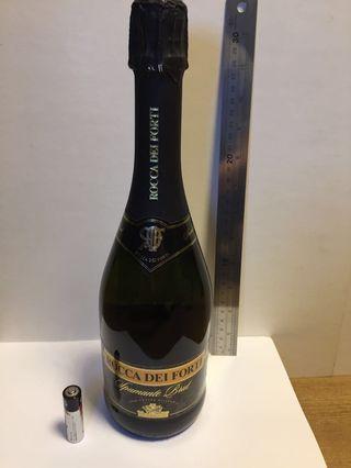 ROCCA DEI FORTI Spumante Brut 75cl . Wine