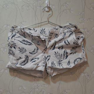 🚚 NET熱帶葉子印花短褲