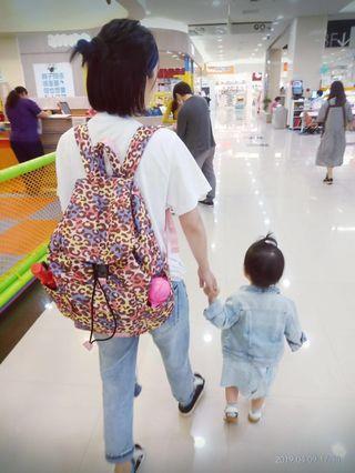 🚚 小晴天haru彩豹媽媽包後背包