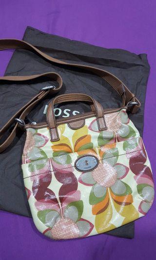 Fossil Keyper Sling Bag