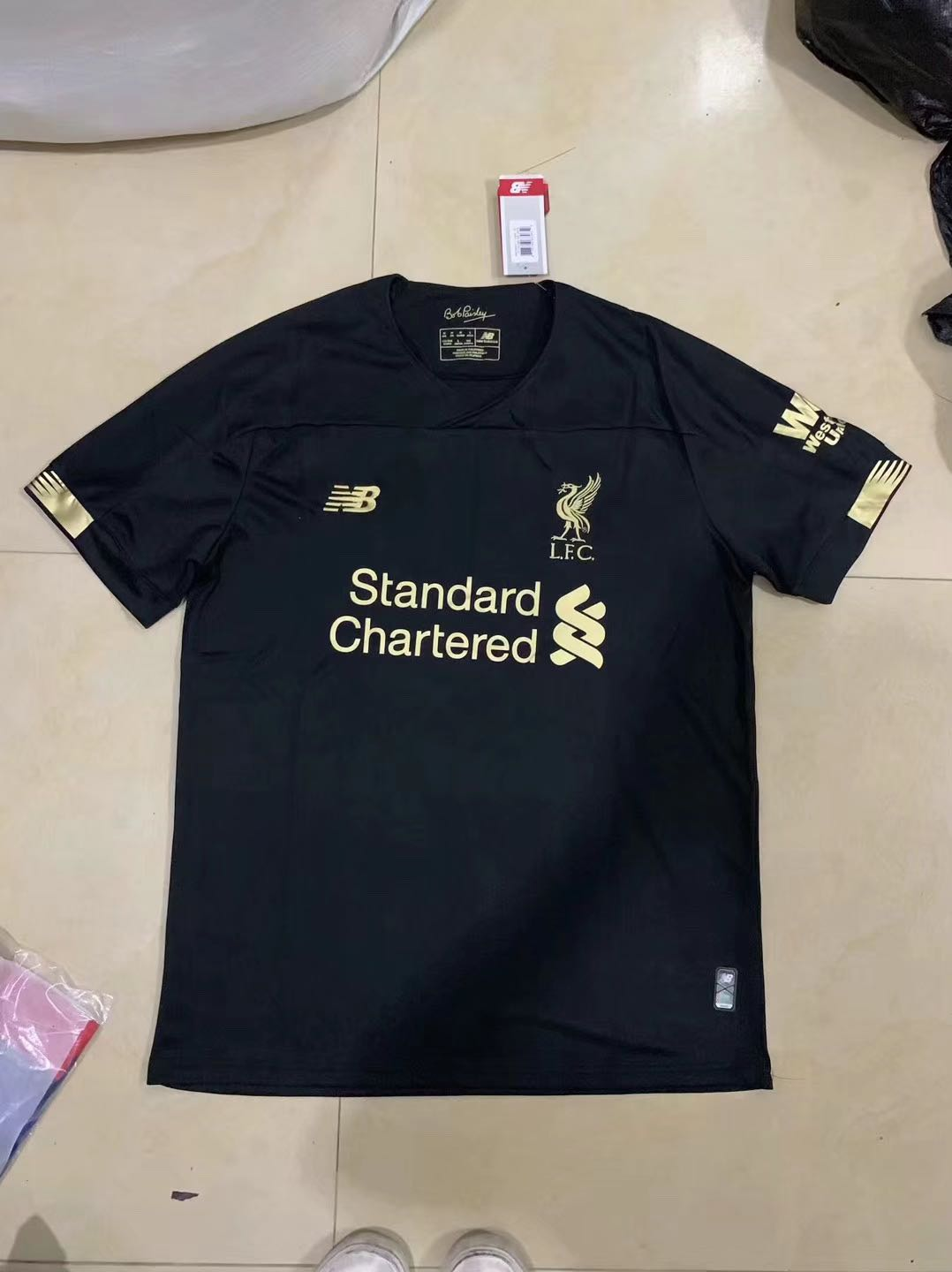 brand new 4942c 872f7 ❗️ 2019 NEW❗️ Liverpool goalie kit Liverpool home kit ...