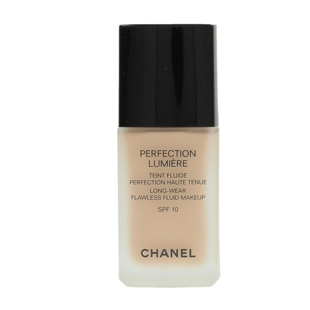 CHANEL PERFECTION LUMIERE LONG-WEAR FLAWLESS FLUID MAKEUP SPF 10. BNIB