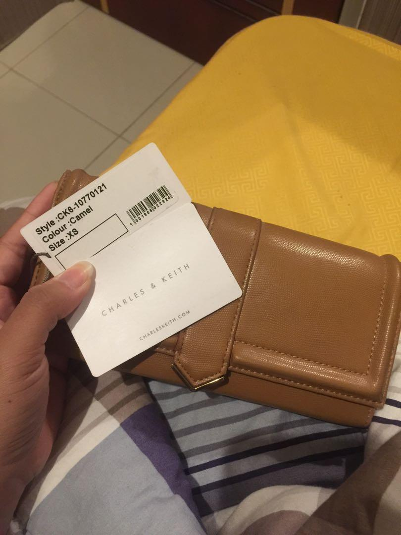 Charles and Keith preloved Wallet