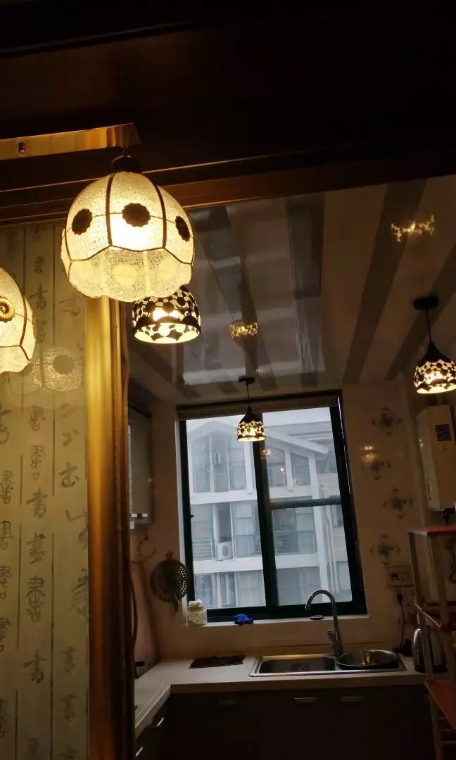 European gold pendant lights