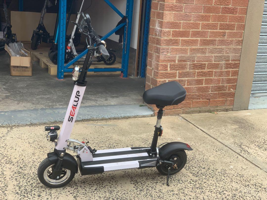 Foldable Electric Adult Scooter Daily Commute 500w 10.4Ah 48v