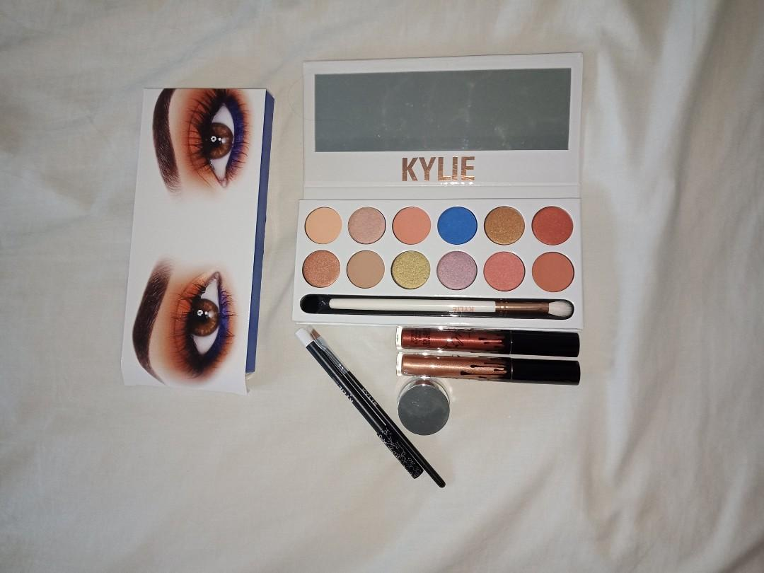 Kylie Royal peach palette, snow liner kit, Metallica king K and reign