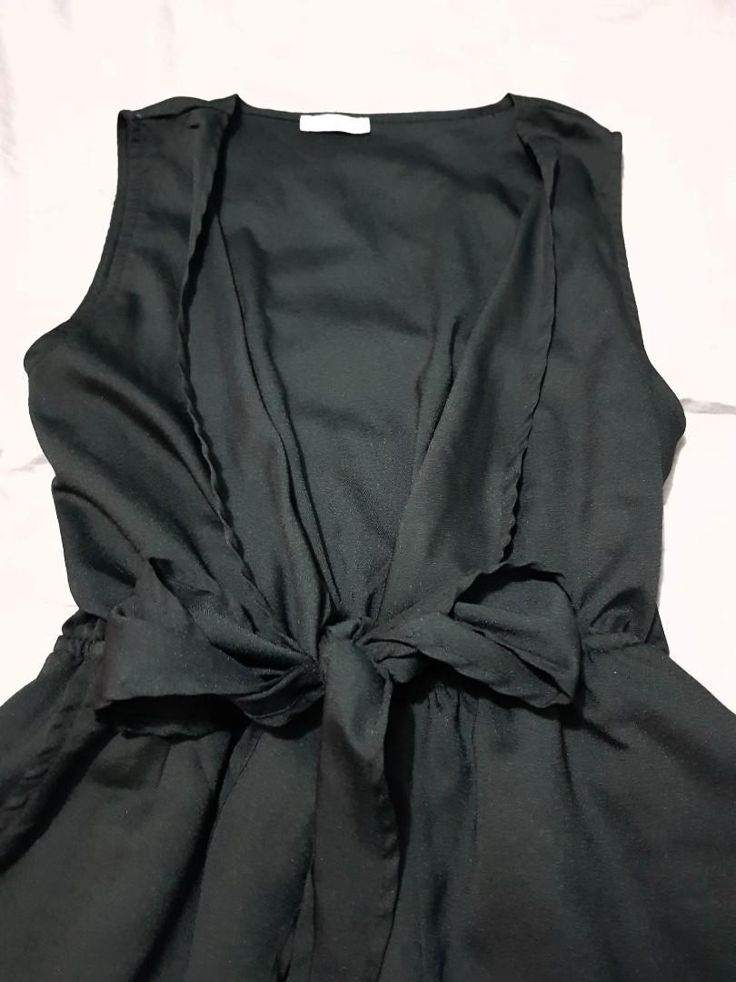 Ladies size 10 black tie up jumpsuit
