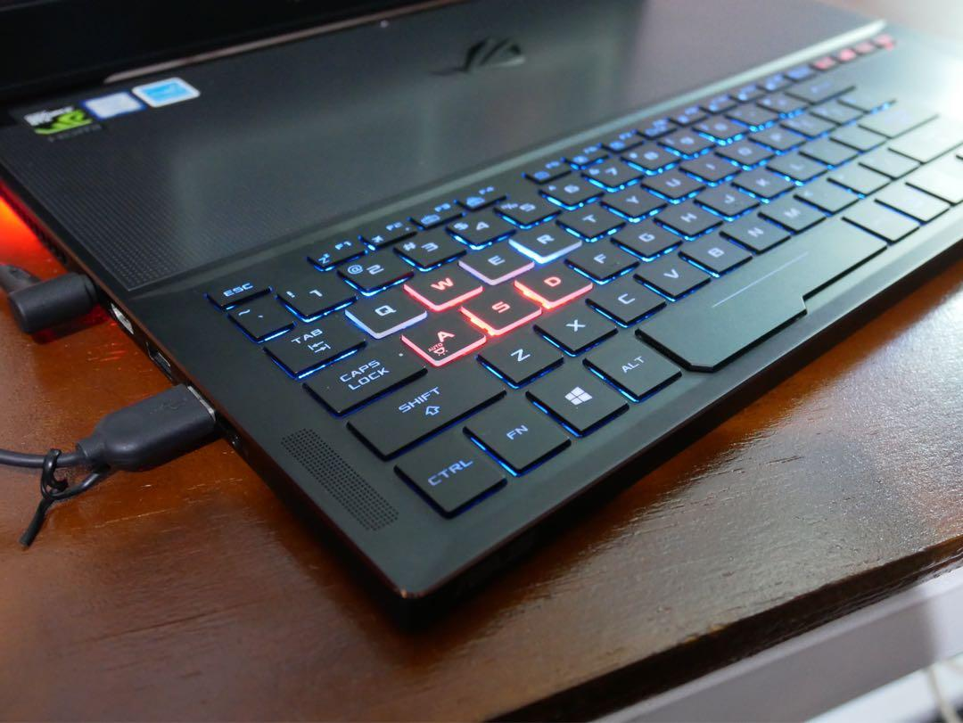 Laptop Gaming Asus ROG Zephyrus GX501V