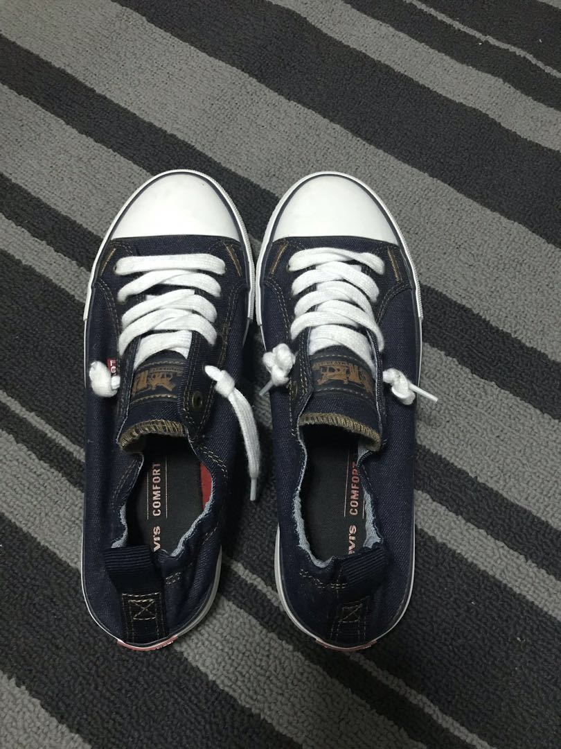 f5fcaa06 Levi's Women's Stan G Comfort Tech Sneaker, Women's Fashion, Shoes, Sneakers  on Carousell