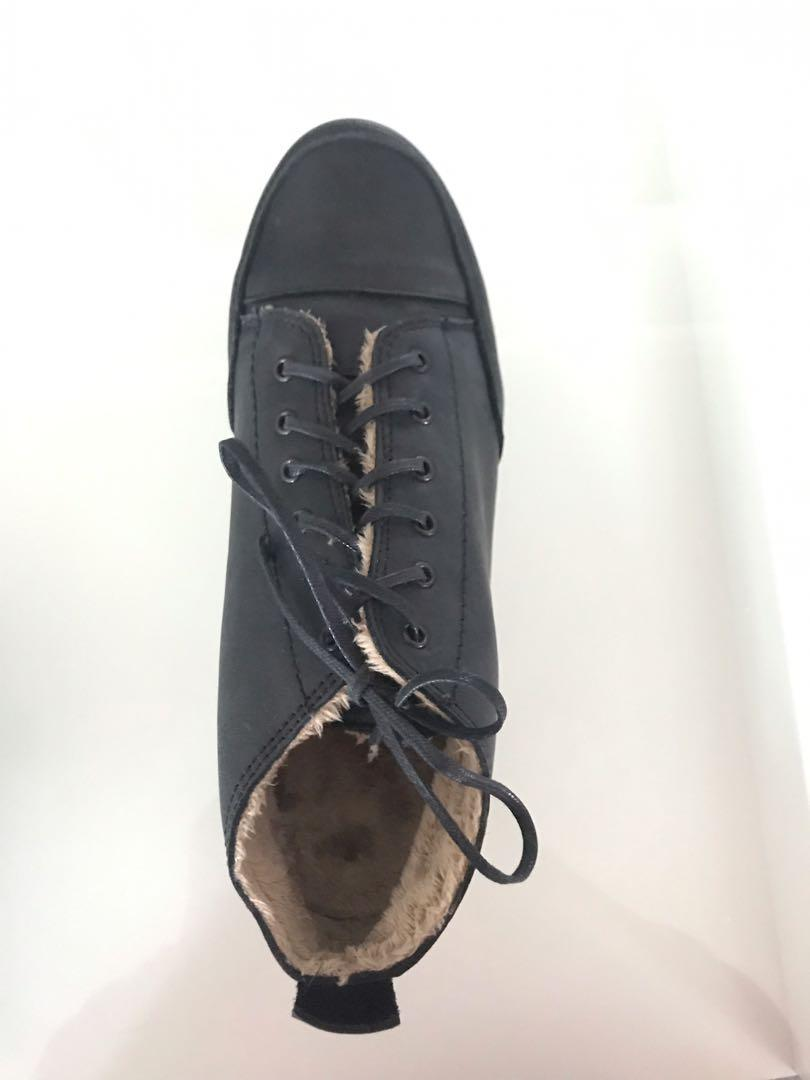 Lili Mill women's black leather shoes size 38 new in box flats
