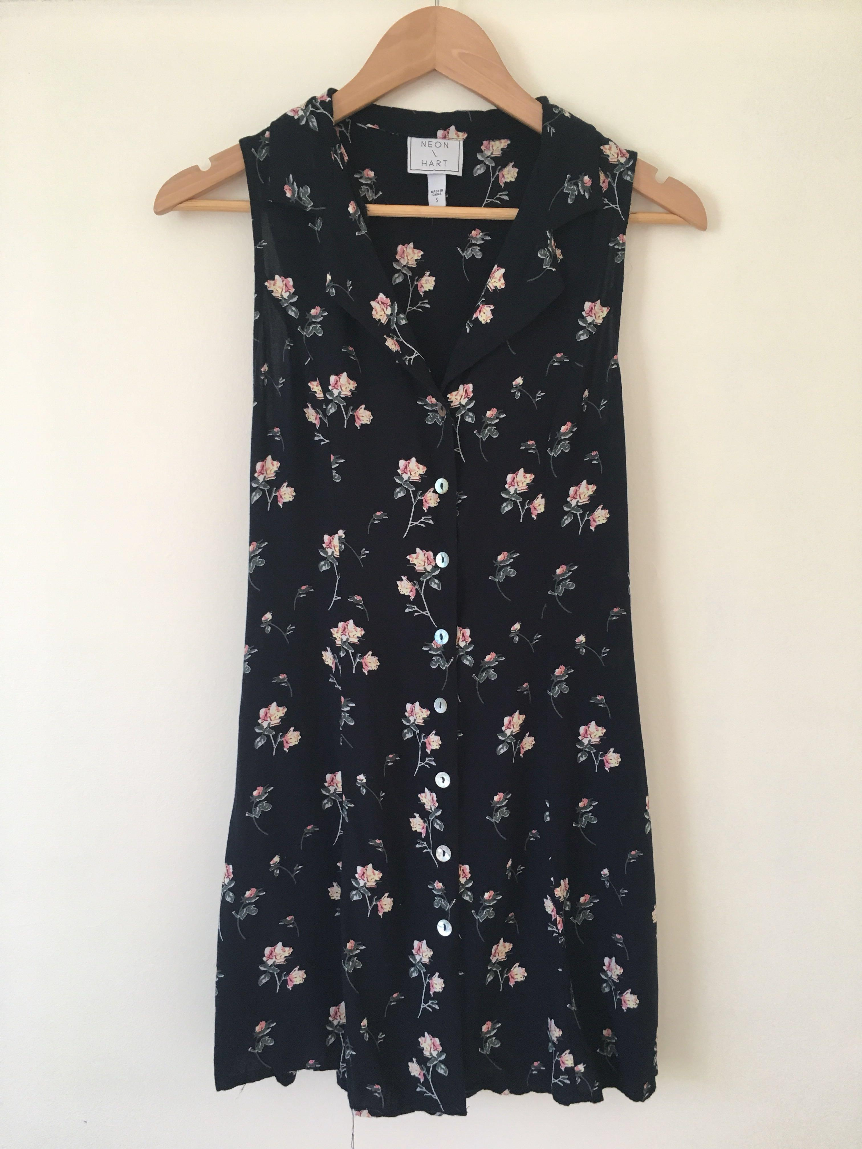 Neon Hart button front sleeveless navy blue dress size small General Pants