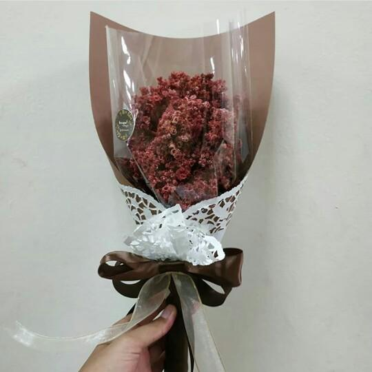 Red Edelweis Bouquet