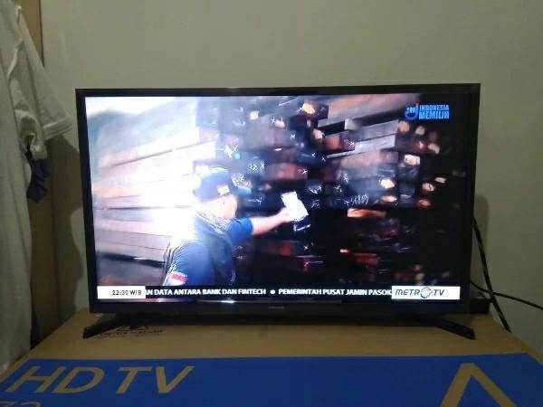 Smart TV 32 Inch Samsung N4300