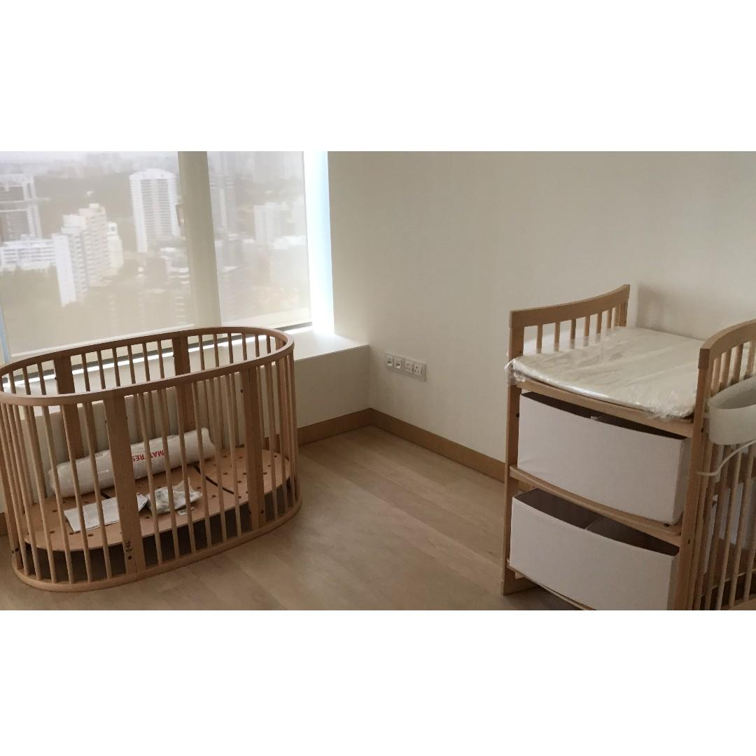 Stokke Care changing table
