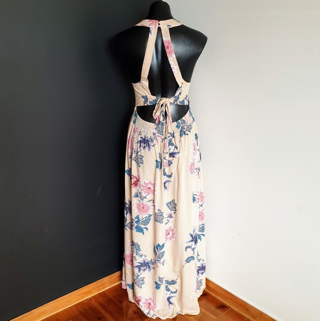 Women's size 12 'MIRACLE' Stunning floral print front slit, exposed back summer dress - AS NEW