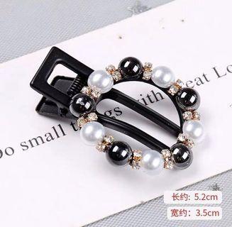 🚚 珍珠鑲鑽髮夾(黑)