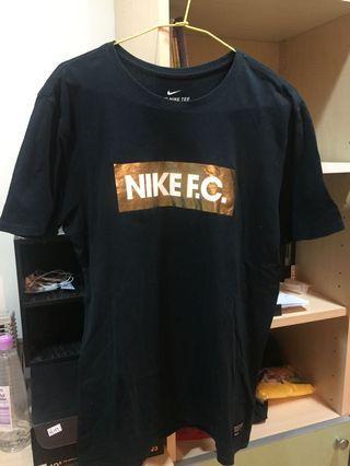 🚚 Nike F.C.短袖T恤(8成新)
