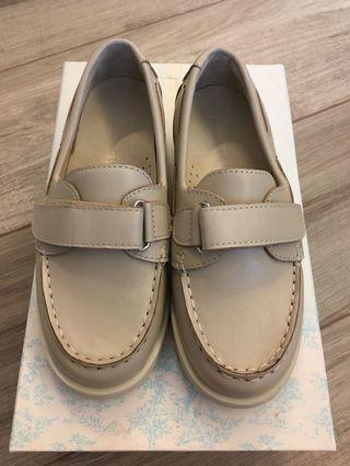 100% new 全新Nicholas & Bears 杏灰色皮鞋