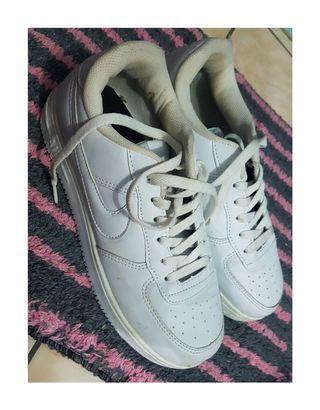 #BAPAU Sepatu sports