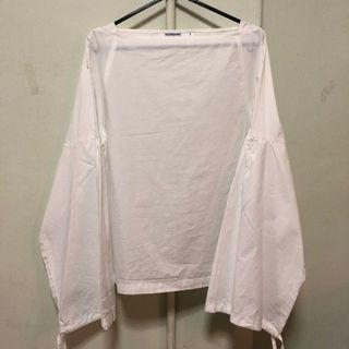 🚚 - WHITE LONG SLEEVE TOP FROM EDITOR's MARKET -